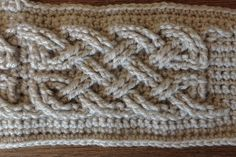 Suvi's Crochet: Book of Kells - Large Celtic Cables
