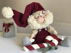 Love is in the air! Two little gnomes I just finished. Sewn Christmas Ornaments, Elf Christmas Decorations, Christmas Sewing, Christmas Stockings, Primitive Christmas, Christmas Gnome, Merry Christmas, Scandinavian Christmas, Christmas Crafts