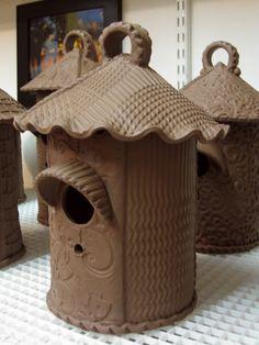 Gary-Jackson-birdhouse-row-2.jpg 810×1080 pixels