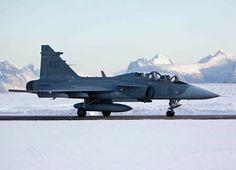 写真 Saab Jas 39 Gripen, George Patton, Military Aircraft, Airplane, Planes, Westerns, Fighter Jets, Aviation, Modern