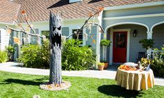 Home & Family - How-To - Spooky Halloween Tree with Tanya Memme Diy Halloween Tree, Halloween Yard Decorations, Outdoor Halloween, Halloween Projects, Holidays Halloween, Halloween Stuff, Halloween Party, Halloween Graveyard, Outdoor Decorations