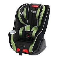 My Size 70 Convertible Car Seat in Odyssey easily grows with your child with the Simply Safe Adjust harness system and one-hand, height adjustable headrest and also features a one-second LATCH attachment.
