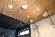 Ideoita saunan sisustamiseen. Esittelyssä useita eri saunoja kauniiden kuvien kera. Hae täältä vinkkejä saunasi sisutamiseen. Bathroom Design Small, Bathroom Ideas, Wooden Ceilings, Home Spa, Track Lighting, Saunas, Interior Decorating, Cottage, Ceiling Lights