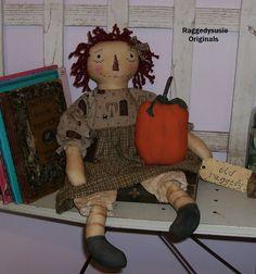 Primitive raggedy ann doll Homespun ANNIE cupboard doll fall w pumpkin ornie #NaivePrimitive #RaggedysusieOriginals