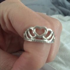 Pandora tiara ring sterling silver size 7 Like new condition.. A mean boyfriend bought it then cheated.  Need it gone. Size 7. Pandora Jewelry Rings