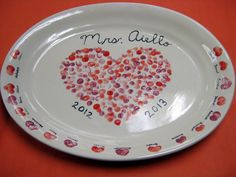 Cassie Stephens: In the Artroom: An Easy Fundraiser Valentine Day Love, Valentine Crafts, Holiday Crafts, Valentines, Fingerprint Crafts, Footprint Crafts, Fingerprint Heart, Class Auction Projects, Auction Ideas