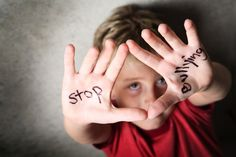 Teach Your Kids To Fight Cyberbullying, no matter what their age #infographic…