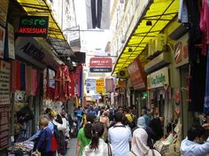 Cagaloglu (market area) - Istanbul, Turkey