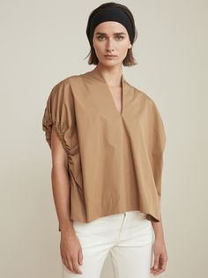 V-neck Elastic Short Sleeve Draped Loose Blouse. Available in Khaki and White. Fashion 2020, Girl Fashion, Fashion Outfits, Womens Fashion, Cardigan Blazer, Minimal Outfit, Blouses For Women, White Shirts Women, Mantel