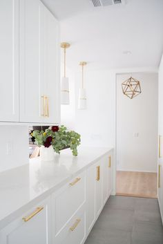 Yes, your dream kitchen can be Ikea! I didn't believe it at first but I, along with some top interior designers LOVE Ikea. These easy hacks are a must to ma Ikea Kitchen Design, Ikea Kitchen Cabinets, Kitchen Cabinet Hardware, Kitchen Colors, Modern Kitchen Design, White Cabinets, Brass Hardware, Ikea Kitchen Handles, Ikea Kitchen Interior