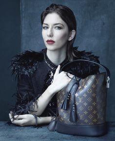 Sofia-Coppola-Louis-Vuitton-SS-2014-Ad-Campaign-835x1024