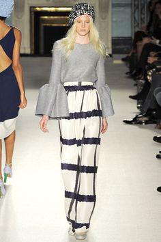 Roksanda Spring 2012 Ready-to-Wear Fashion Show - Quinta Witzel