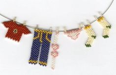 clothes hanging on line - Kits 1 - Peyote Stitch
