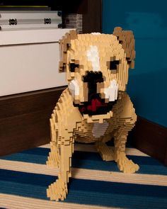 Cute doggie made out of Legos by artist Nathan Sawaya via APT with LSD: Lauren Santo Domingo via Pearl Street Interiors. I want a Winston Lego dog! Lego Design, Lego Dog, Modele Lego, Van Lego, Lego Sculptures, Dog Sculpture, Little Green Notebook, Dog Milk, Lego Boards