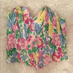 Floral Vintage Corset Fits good and super cute for summer or costumes! Hard to photograph well because of the wiring but In good condition! Intimates & Sleepwear Shapewear