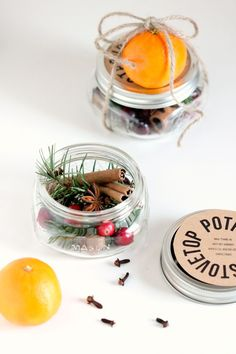 85 DIY Homemade Christmas Gifts - Craft Ideas for Christmas Presents stovetop potpourri diy christmas gift Mason Jar Christmas Crafts, Christmas Crafts For Gifts, Homemade Christmas Gifts, Craft Gifts, Christmas Fun, Diy Gifts Her, Creative Diy Christmas Gifts, Top Christmas Presents, Free Gifts