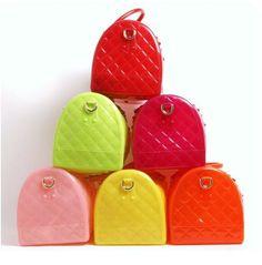 Bolsos tipo candy de silicona. Disponibles en varios colores y en liso! entra en la web: www.g3women.es