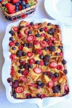 Mixed Berry Overnight French Toast Bake - Kiss in the Kitchen - Simple & Healthy Recipes Oven French Toast, Overnight French Toast, Milk Recipes, Fruit Recipes, Healthy Recipes, Sin Gluten, French Toast Casserole, Breakfast Casserole, Mexican Breakfast Recipes