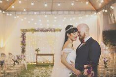 Casamento Iluminado – Nayara e Bernardo http://lapisdenoiva.com/casamento-iluminado-nayara-e-bernardo/ Foto: Sarah Dias