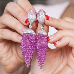Butani Diamond and Pink Sapphire Briolette Earrings Always wear earrings at the very least. Love these earrings Purple Jewelry, Funky Jewelry, Ear Jewelry, Art Deco Jewelry, Jewelery, Jewelry Design, Lotus Jewelry, Pink Sapphire Earrings, Rose Earrings