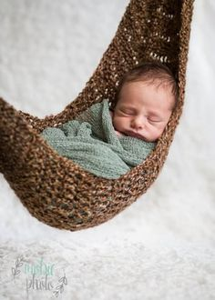 Mobie Photo - Newborn Photographer in Lehi, Utah - Newborn hammock
