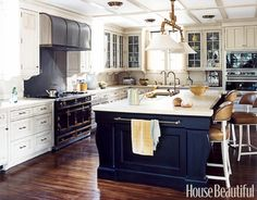 Navy, white with bronze accents - kitchen one day my kitchen will look like this! i promise ..myself lol