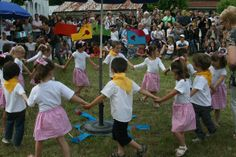 American Mom in Bordeaux - Blending Cultures: French School Tradition - Kermesse
