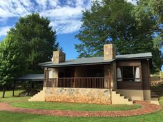 Treeelands Abbey Dullstroom, Cabin units The Unit, Cabin, Mansions, Country, Architecture, House Styles, Design, Home Decor, Mansion Houses