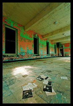 Grafton State Hospital-11 by Sebastian T., via Flickr Abandoned Asylums, Abandoned Buildings, Abandoned Places, Melancholy, Hospitals, Decay, Mental Health, Past, Creepy