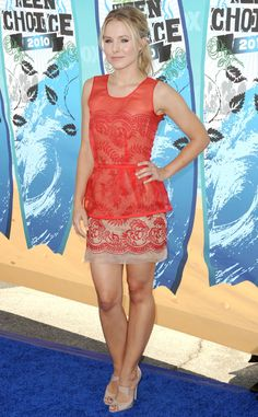 Bell arrived at the 2010 Teen Choice Awards in this lace Stella McCartney dress. Kristen Bell, Stella Mccartney Dresses, Teen Choice Awards, Nude Pumps, High Fashion, Actresses, Formal Dresses, Celebrities, My Style