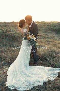 #bridalphotographyposes Indian Wedding Couple Photography, Wedding Couple Photos, Wedding Photography Poses, Wedding Couples, Wedding Portraits, Wedding Pictures, Pre Wedding Poses, Pre Wedding Shoot Ideas, Pre Wedding Photoshoot