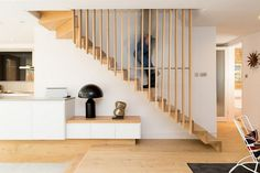 Elegant staircase with Scandinavian flair [Design: Martyn Clarke Architecture] Staircase Railings, Banisters, Modern Staircase, Staircase Design, Stairways, Banister Ideas, Staircase Contemporary, Spiral Staircase, Contemporary Architecture