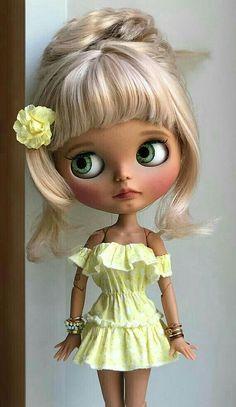 Dolly Doll, Valley Of The Dolls, Hello Dolly, Custom Dolls, Fabric Dolls, Big Eyes, Blythe Dolls, Beautiful Dolls, Pop Culture