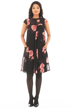 Our floral print georgette shift dress is fashioned with flattering set-in cap sleeves and a relaxed cut.
