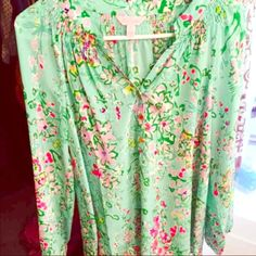 Lilly Pulitzer Southern Charm Elsa NO TRADES. Worn once and dry cleaned. Lilly Pulitzer Tops Blouses