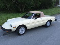 Car brand auctioned:Alfa Romeo Spider Convertible 2-Door 1979 Car model alfa romeo spider convertible 2 door 2.0 l Check more at http://auctioncars.online/product/car-brand-auctionedalfa-romeo-spider-convertible-2-door-1979-car-model-alfa-romeo-spider-convertible-2-door-2-0-l/