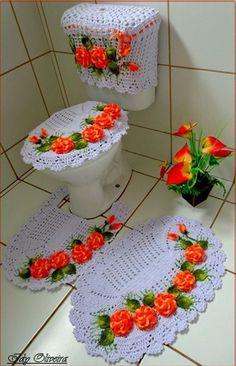 Step by Step Crochet Leaf Crochet Leaves, Crochet Doilies, Crochet Flowers, Crochet Home, Free Crochet, Quilt Patterns, Crochet Patterns, Crochet Hot Pads, Crochet Flower Tutorial