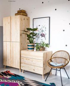 Also sind ich und Heather.ly Sonntag z… The nursery needed an update!ly drove to IKEA Nederland Sunday and adopted some Ivar's 🤪 … Pin: 1080 x 1318 Room Interior, Interior Design Living Room, Ikea Furniture, Furniture Design, Furniture Ideas, Minimalist Furniture, New Room, Bedroom Decor, Ikea Hacks