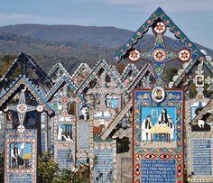 """""""Cimitero Allegro"""" di Sapanta, in Romania"""