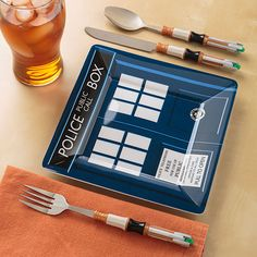 Doctor Who Melamine Square Plate Set and Sonic Screwdriver Cutlery Set