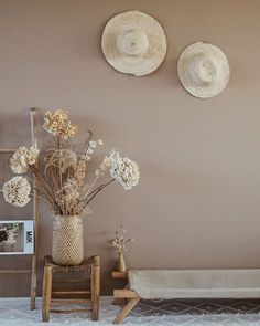 Home Decoration For Halloween Home Living Room, Interior Design Living Room, Interior Inspiration, Room Inspiration, Diy Home Decor, Room Decor, Paint Colors For Home, Bedroom Colors, Beige Walls Bedroom