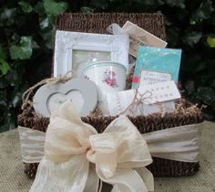 Mother of the Bride Seagrass Hamper Option 2