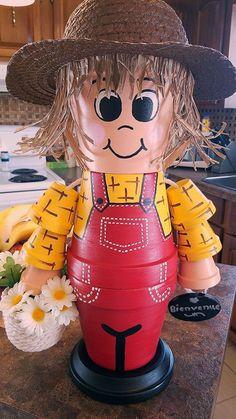 Flower Pot Art, Clay Flower Pots, Terracotta Flower Pots, Flower Pot Crafts, Clay Pot Projects, Clay Pot Crafts, Diy Clay, Flower Pot People, Clay Pot People