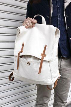 Fashionsnap.com | February 27, 2011 | Street Snap [DANIEL] | Shibuya