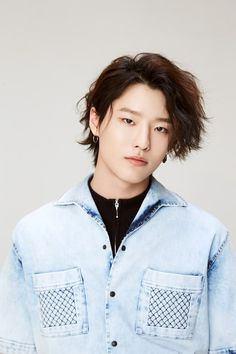 in this argument, i'd like to discuss why seungyoun should bring back his long hair. Asian Boys, Kpop Boy, Teenage Mutant, K Idols, My Sunshine, Love Of My Life, Rapper, Hip Hop, Photoshoot