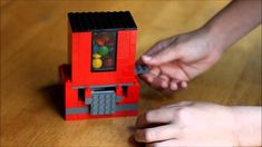 How to make a Lego candy dispenser. Find complete building instructions here: http://frugalfun4boys.com/2014/10/20/build-lego-candy-dispenser/