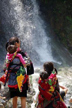Hmong kids, Sapa, Vietnam (April 2012)