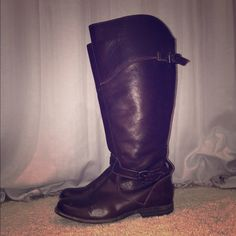 """Frye Phillip Riding Boots Equestrian style leather riding boots. Size 7.5. Extended calf so I could wear knee high socks and jeans under them. Originally $398. Crafted from soft leather that's been washed to give it that perfectly broken-in look you love - Leather outsole with rubber forepart - 17""""shaft height - 15 1/2""""shaft circumference - 3/4"""" heel height - Classic soft leather - Dark Brown Only wore these a hand full of times last winter. Normal wear on the soles, but very good condition…"""
