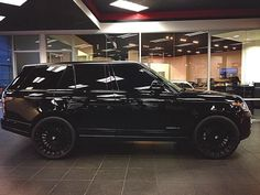 Blacked out Range Rover
