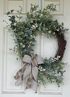 15 Fabulous Christmas Candle Decoration Ideas to delight your Holiday Christmas & Summer Door Wreaths, Wreaths For Front Door, Holiday Wreaths, Winter Wreaths, Christmas Candle Decorations, Year Round Wreath, Welcome Wreath, Farmhouse Style Decorating, Grapevine Wreath
